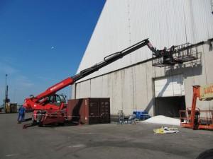 werken met manbak en valbeveiliging bij suiker terminal eemshaven (3)